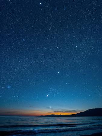 david-nunuk-orion-over-the-georgia-strait-canada
