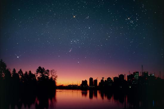 david-nunuk-starry-sky-over-vancouver-canada