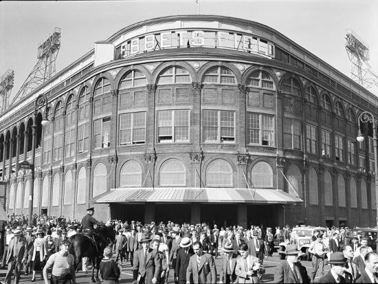 david-scherman-fans-leaving-ebbets-field-after-brooklyn-dodgers-game-june-1939-brooklyn-new-york