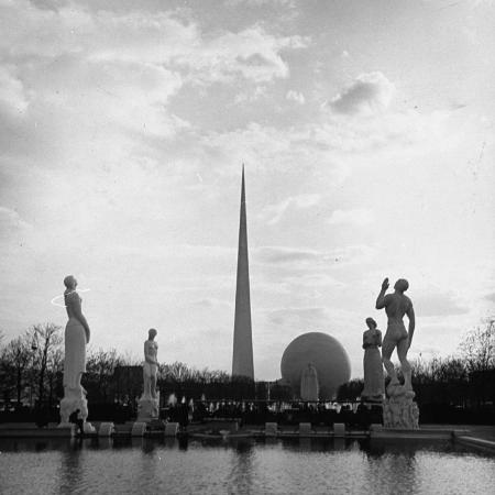 david-scherman-statues-representing-the-four-freedoms-in-constitution-mall