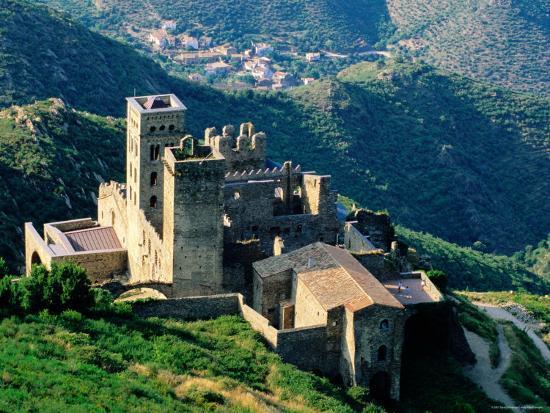 david-tomlinson-monastery-of-sant-pere-de-rodes-near-puerta-de-la-selva-girona-catalonia-spain