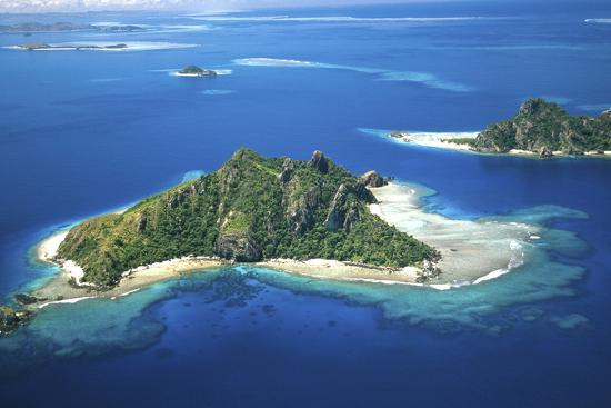 david-wall-aerial-of-maolo-island-mamanuca-islands-fiji