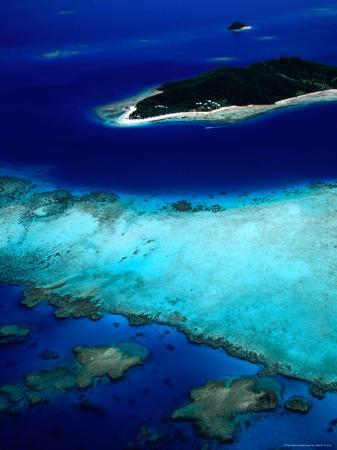 david-wall-aerial-view-of-island-also-known-as-castaway-island-fiji