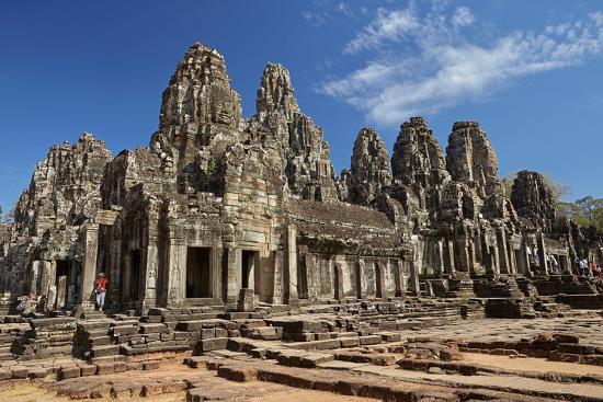 david-wall-bayon-temple-ruins-angkor-thom-angkor-world-heritage-site-siem-reap-cambodia