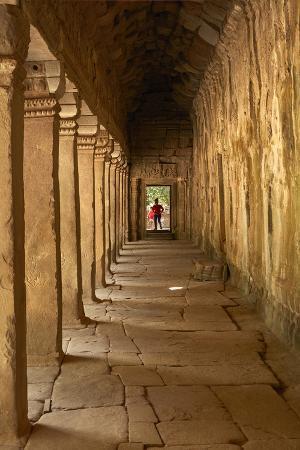 david-wall-third-enclosure-gallery-angkor-world-heritage-site