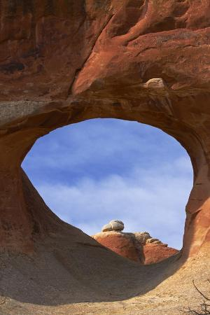 david-wall-utah-arches-national-park-tunnel-arch-devils-garden-area