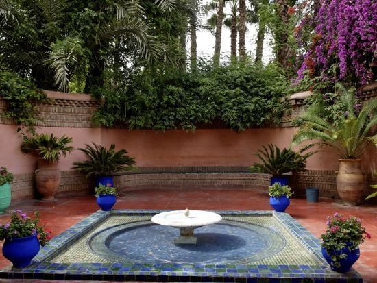 de-mann-jean-pierre-fountain-in-the-majorelle-garden-restored-by-the-couturier-yves-saint-laurent-marrakesh-morocco
