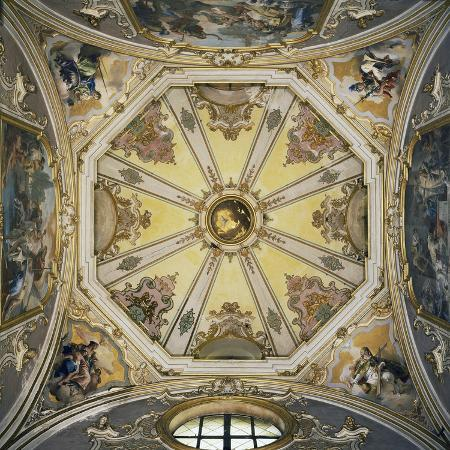 decorations-and-frescoes-in-vault-of-cupola-of-colleoni-chapel
