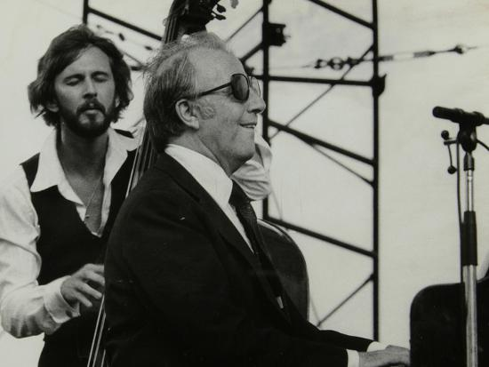 denis-williams-george-shearing-and-brian-torff-on-stage-at-the-capital-radio-jazz-festival-alexandra-palace