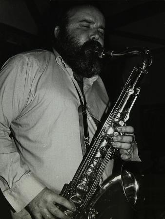 denis-williams-saxophonist-don-weller-playing-at-the-bell-codicote-hertfordshire-28-october-1980