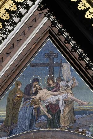 deposition-of-jesus-from-cross-mosaic-on-tympanum-on-cathedral-of-resurrection-of-christ