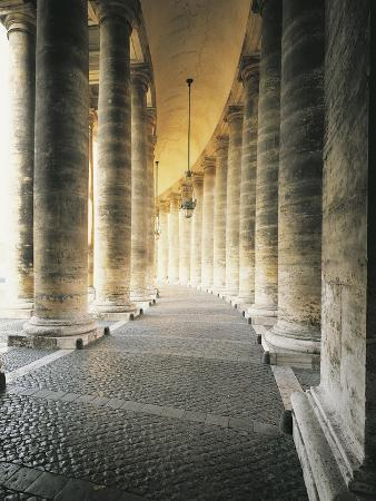 detail-from-colonnade-in-st-peter-s-square-1656-1667