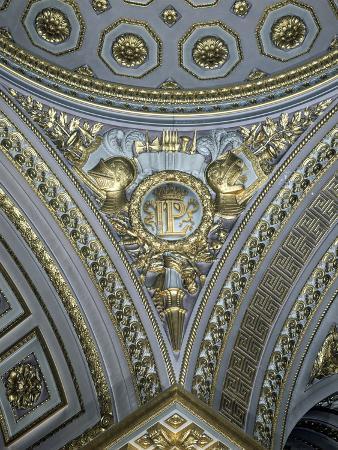 detail-of-a-pendentive-in-a-cupola-galerie-des-batailles-chateau-de-versailles-france