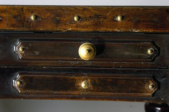 detail-of-drawers-of-walnut-library-table-made-in-bologna-italy-16th-century
