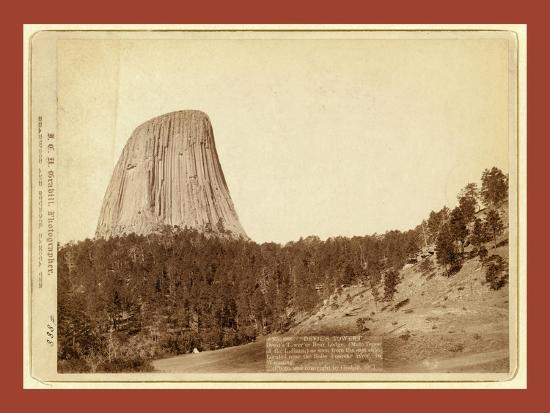 devil-s-tower-devil-s-tower-or-bear-lodge-mato-i-e-mateo-tepee-of-the-indians