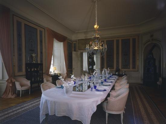 dining-room-valdemars-castle-tasinge-denmark
