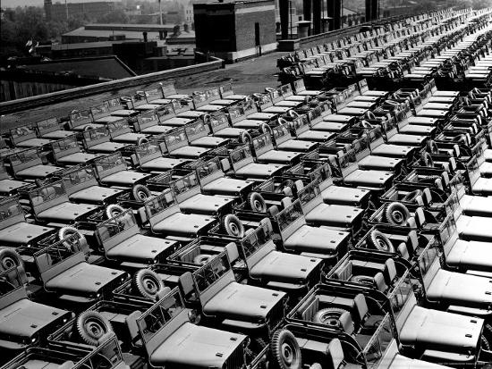 dmitri-kessel-rows-of-finished-jeeps-churned-out-in-mass-production-for-war-effort-as-wwii-allies