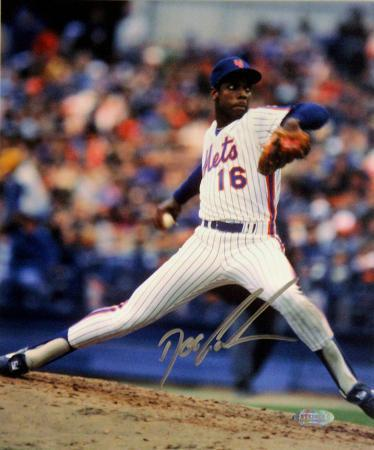 doc-gooden-mets-pitching-signed-in-silver-autographed-photo-h-signed-collectable