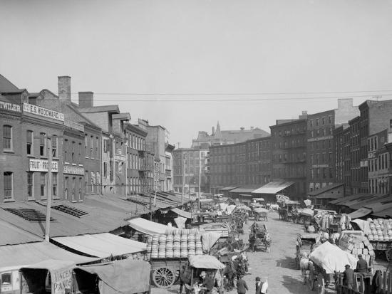 dock-street-philadelphia-pa