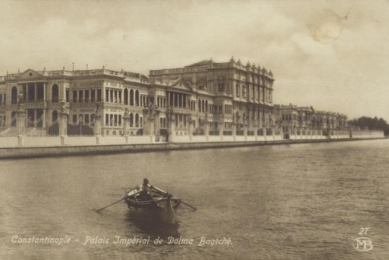 dolmabahce-palace-constantinople-turkey