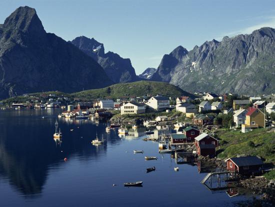 dominic-harcourt-webster-hamroy-fishing-village-during-summer-lofoten-islands-arctic-norway-scandinavia-europe