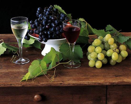 dominque-zintzmeyer-nature-morte-aux-raisins