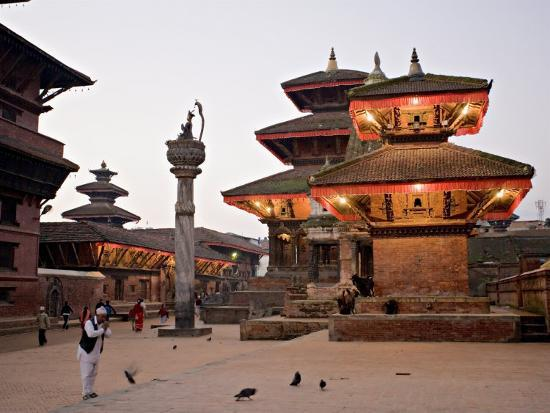 don-smith-morning-worship-durbar-square-unesco-world-heritage-site-patan-kathmandu-nepal