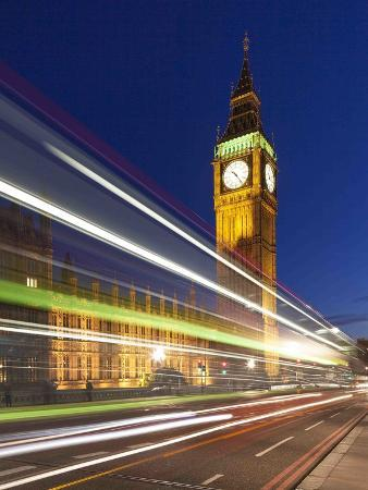 doug-chinnery-london-fly-by