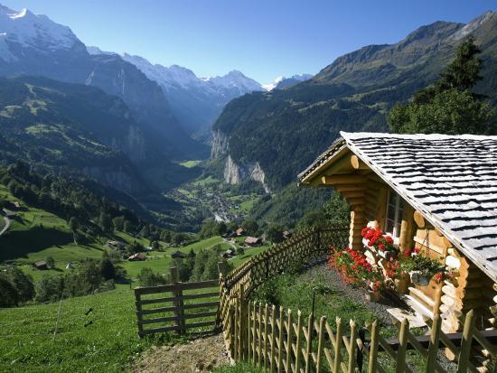 doug-pearson-alpine-cabin-wengen-and-lauterbrunnen-valley-berner-oberland-switzerland