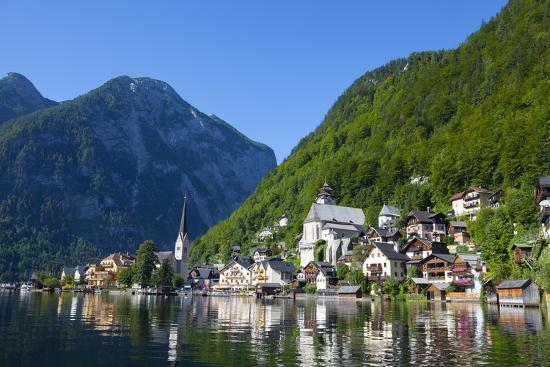 doug-pearson-village-of-hallstatt-hallstattersee-oberosterreich-upper-austria-austria-europe