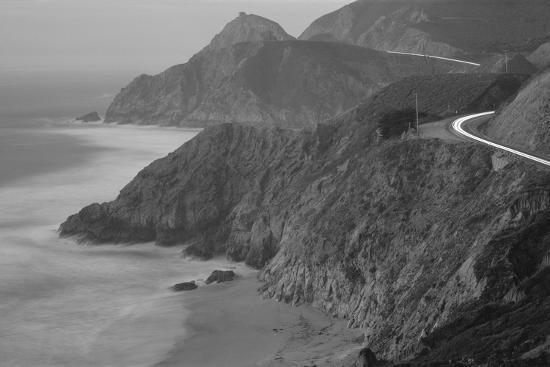 dusk-highway-1-pacific-coast-ca-usa