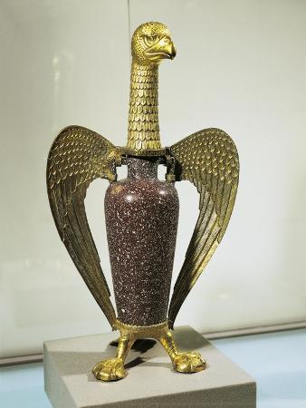 eagle-shaped-vase-of-abbe-suger-of-saint-denis