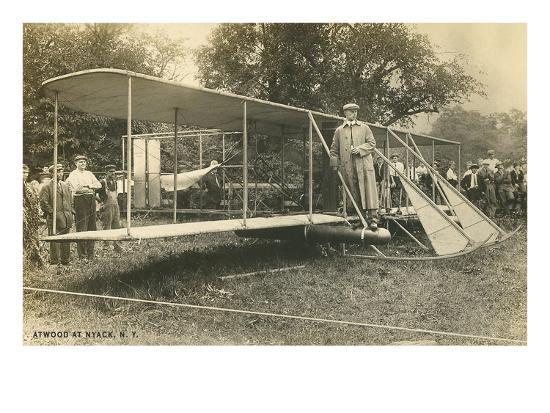 early-biplane-pilot-and-crowd