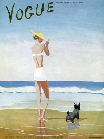 eduardo-garcia-benito-vogue-cover-july-1937-beach-walk