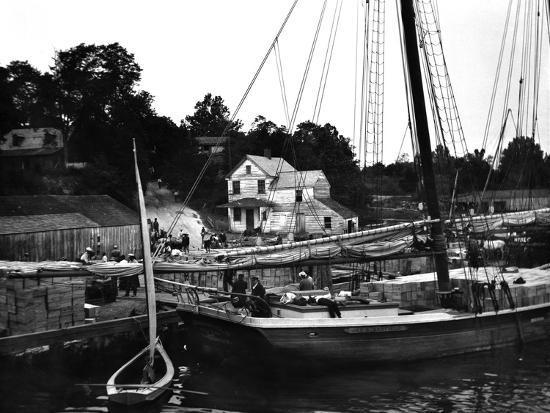 edward-hungerford-kinsale-dock-virginia