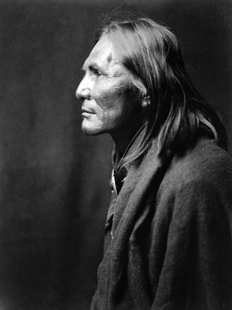 edward-s-curtis-alchise-apache-indian
