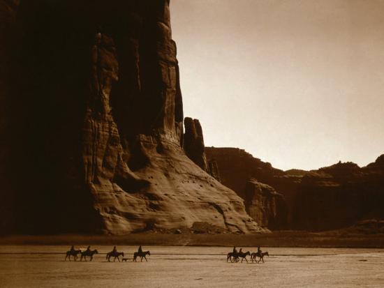 edward-s-curtis-canyon-de-chelly-navajo