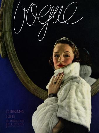 edward-steichen-vogue-cover-december-1933