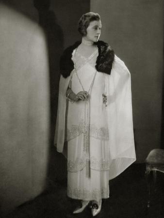 edward-steichen-vogue-december-1924