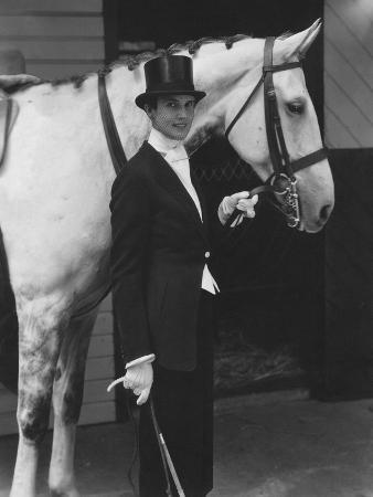 edward-steichen-vogue-october-1934