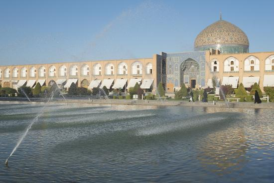 eitan-simanor-naqash-e-jahan-imam-square-esfahan-iran-western-asia
