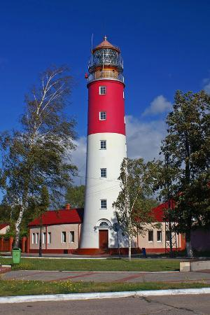 ekaterina-ufimtseva-the-lighthouse-in-the-baltic