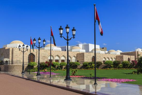 eleanor-scriven-polished-pavements-old-muscat