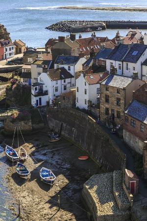 eleanor-scriven-winding-alleys-of-village-fishing-boats-and-sea-elevated-view-in-summer
