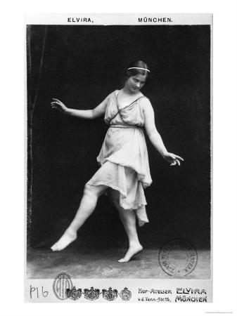 elvira-studio-isadora-duncan-circa-1903-04