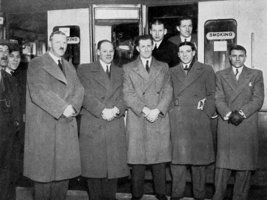 en-route-for-wolverhampton-for-the-england-v-wales-football-match-1936