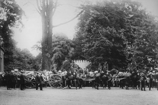 english-photographer-the-prince-imperial-s-funeral-cortege-camden-place-july-12-1879