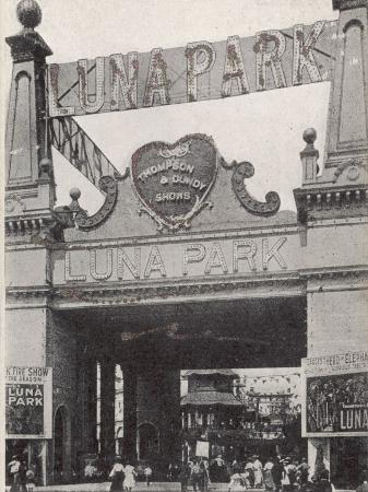 entrance-to-the-luna-park-on-coney-island-new-york-america