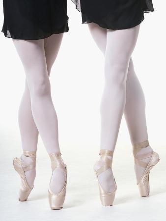 erik-isakson-ballerinas-en-pointe