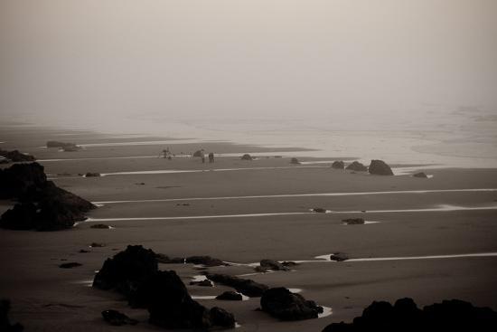 erin-berzel-beach-at-seal-rock-i